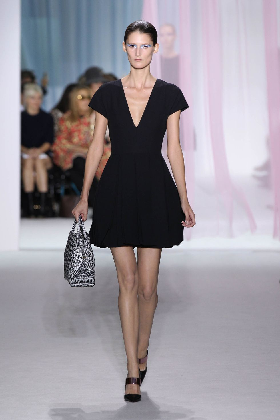 Le Meilleur Dior Spring Summer 2013 Ready To Wear – Look 7 Black Wool Ce Mois Ci