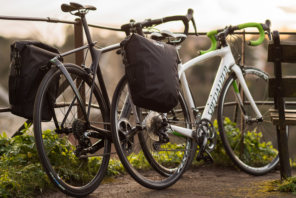 Le Meilleur Tailfin Slices Up New Rack And Pannier System Made Ce Mois Ci