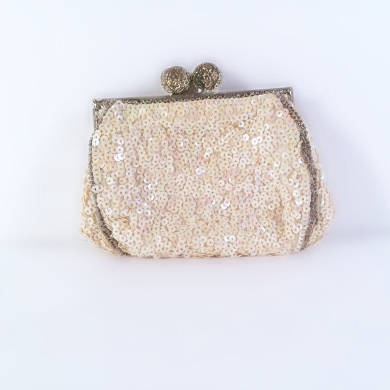 Le Meilleur French Cream Sequined Coin Purse With Filigree Clasp Ce Mois Ci