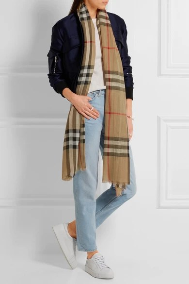 Le Meilleur Burberry Checked Wool And Silk Blend Scarf Net A Ce Mois Ci