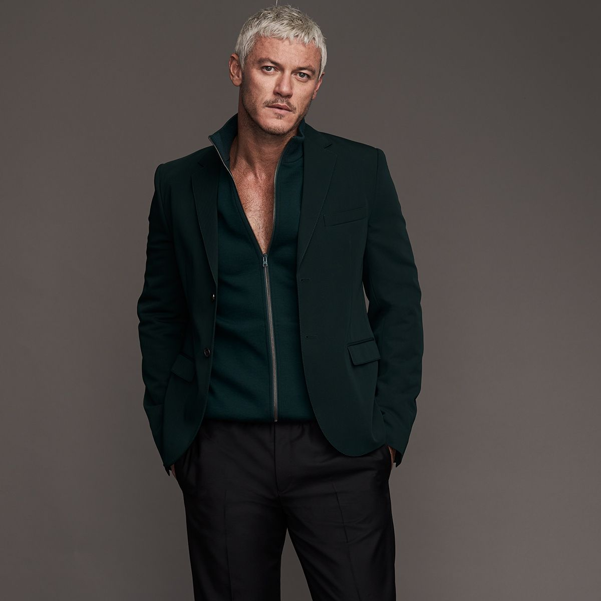 Le Meilleur Mr Luke Evans For Mr Porter Wearing Marni Wool Blazer Ce Mois Ci