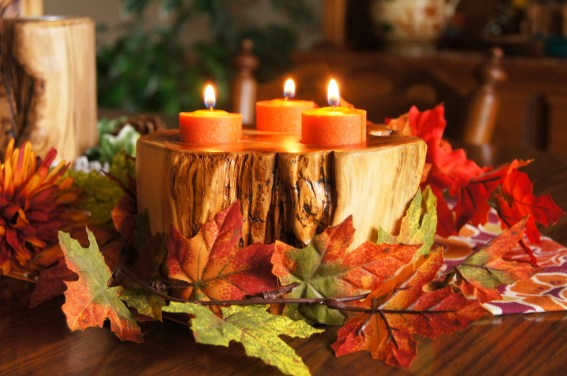 Aspen chunky candle in autumn glory!