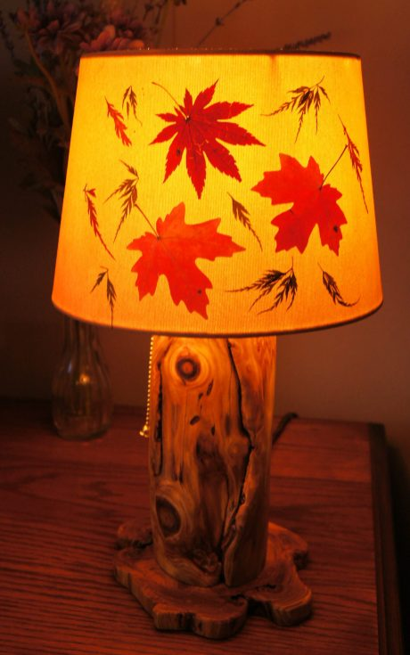 Leafy drum-style shade for small lamp
