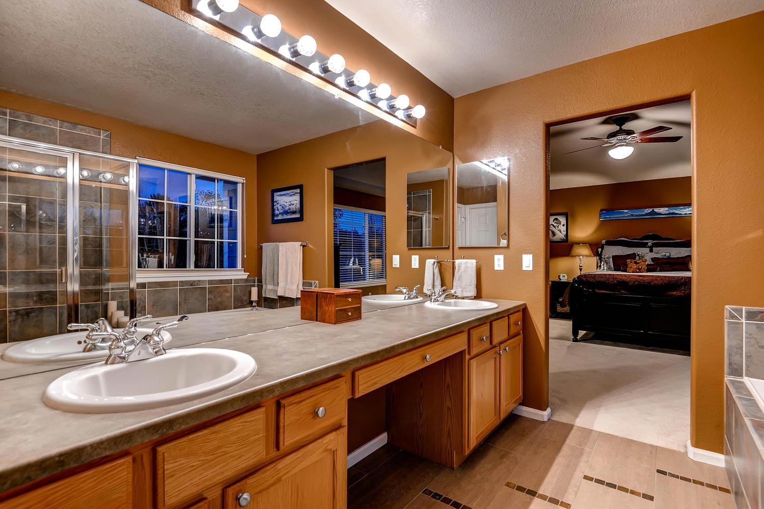 Stonegate Home for sale Parker COlorado master bedroom suite