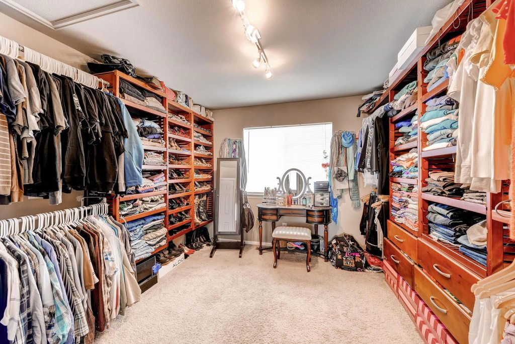 Spectacular walk in huge closet
