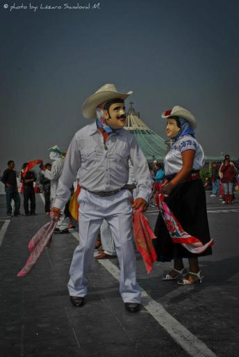 385929_180993228663871_152645858165275_322543_1036249040_n Día de la Virgen de Guadalupe
