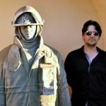 5-001 Sculptor Roberto Ledesma captures firefighter spirit in stone