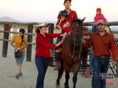 equine-therapy-3-630x472 La equinoterapia en Puerto Peñasco nace de una pasión por los caballos