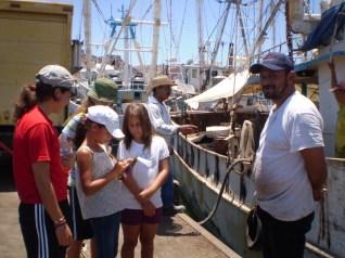 Entrevistando pescadores