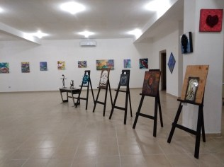 pinturas-rifa-de-pinturas-FuerzaMexico El improvisado festival #FuerzaMéxico