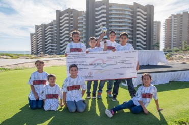 D-Backs-Charity-Golf-Tournament-40 Los D-Backs give back through Charity Golf Tournament