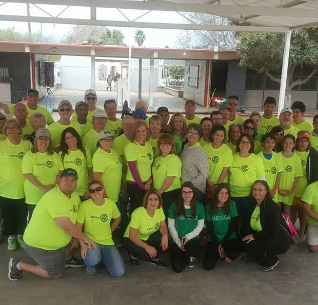 Rotary-Service-Project-Weekend-AZ5495-march2018-1 Puerto Peñasco Rotary Club delivers backpacks and inaugurates new room at local school