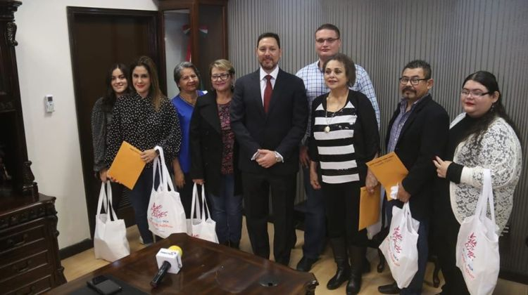 "astoria-ganadores ""Vive el Mar de Cortés"" winners cruise on Astoria"