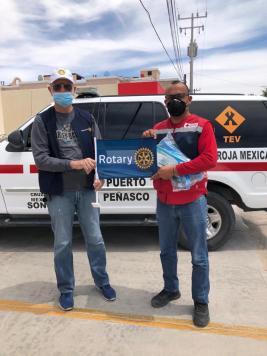 17-abril-entrega-guantes-cruz-roja Peñasco Rotary Club invites donors for medical supply drive