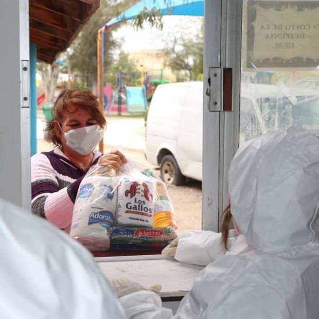 dif-despensa3 The (Food) Helpers in Puerto Peñasco Part 2 of ... Covid-19 Column