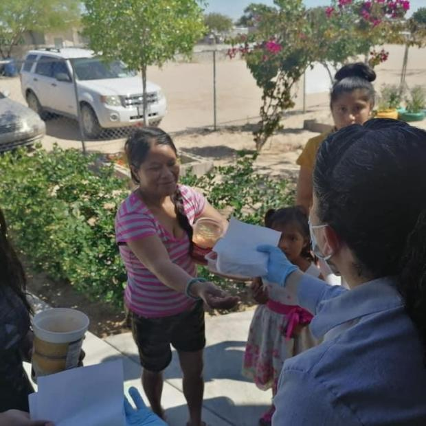 esperanza-comida3 The (Food) Helpers in Puerto Peñasco Part 2 of ... Covid-19 Column