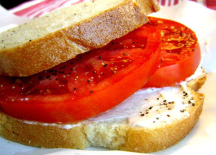 The divine fruit in sandwich form.