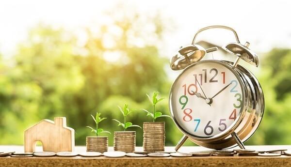 現金と時計