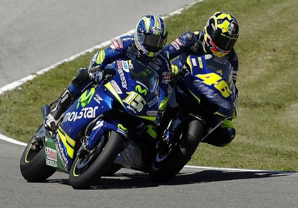 gibernau_rossi_crash