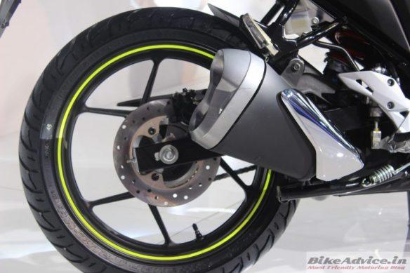 Suzuki-Gixxer-rear-Disc-Brakes-2