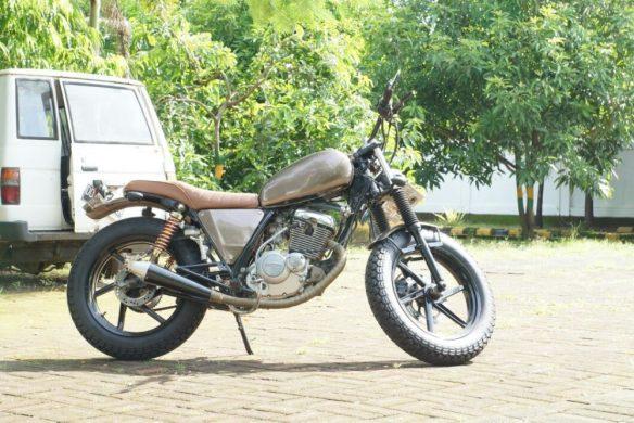 Suzuki Thunder 2007 Jap Style Maksimal Ala Makassar Roda 2