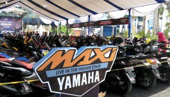Barisan motor MAXI Yamaha di CustoMAXI Medan
