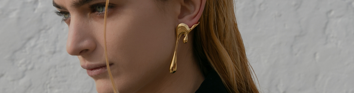 liquify rod almayate earrings