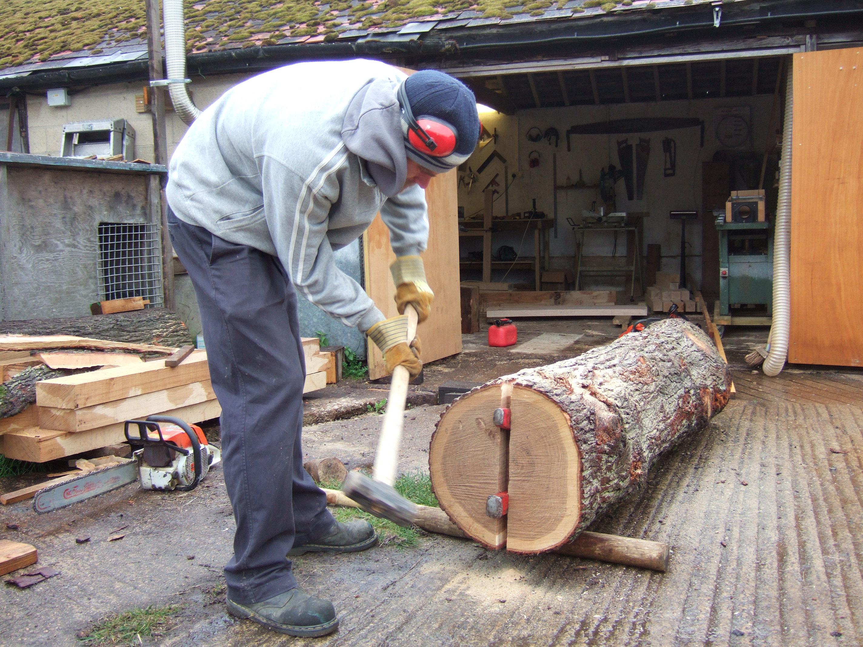 splitting oak logs oxford