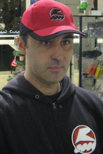 Carlos Flores monitor de la escuela de patinaje Rodats de Barcelona