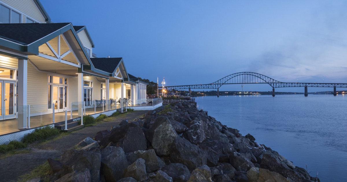 king sofa beds good quality sleeper rodd miramichi river, nb | hotels & resorts