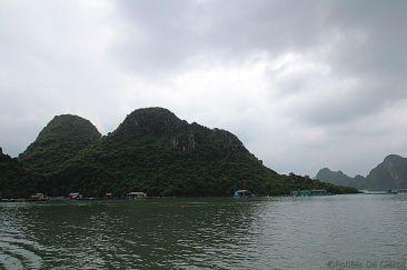 Ha Long Bay (9)