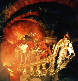 Mme Tussaud Chamber of horrors 1(Great fire of London)