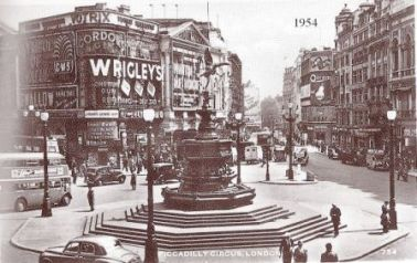 Piccadilly Circus 9
