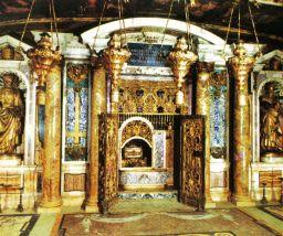 Sint-Pietersbasiliek 22 (graf van Petrus)