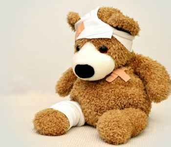 teddy bear, hurt, wounds, old wounds, emdr, emdr childhood abuse, Stephen Rodgers Counseling of Denver