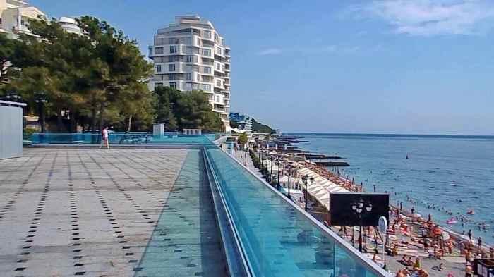 Фото приморского пляжа Ялта2
