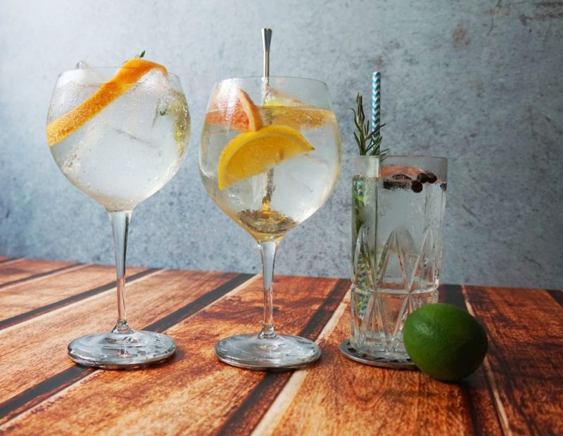 Gin Tonic Cocktails Summer Drinks  - CocktailTime / Pixabay