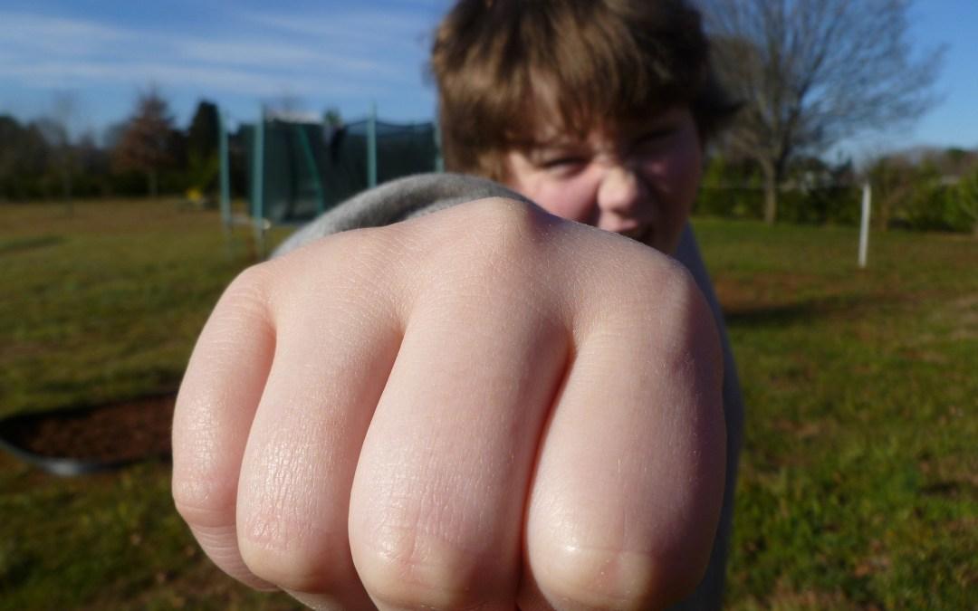 Vršnjačko nasilje u školi: sprečite da vaše dete bude deo vršnjačkog nasilja!