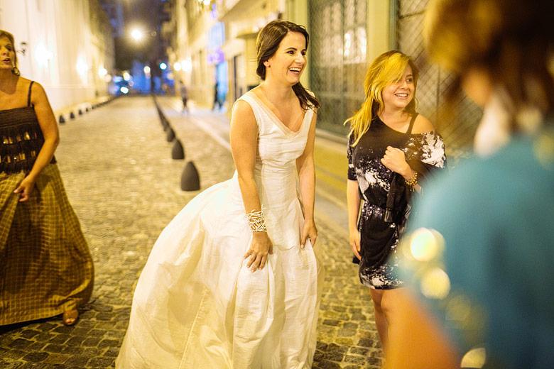 foto divertida de casamiento en san telmo
