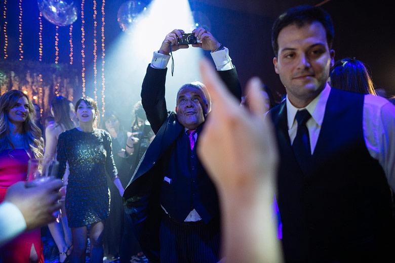 foto de autor en casamiento en argentina