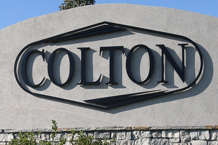 Colton Monument Sign at 151st St. and Carter St.