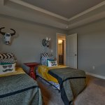 Summerlin EX secondary bedroom with twin beds