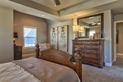 Weston III master bedroom and sitting area