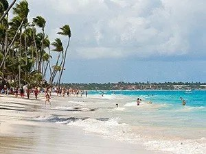 Пляжи Доминиканы с белым песком: Баваро