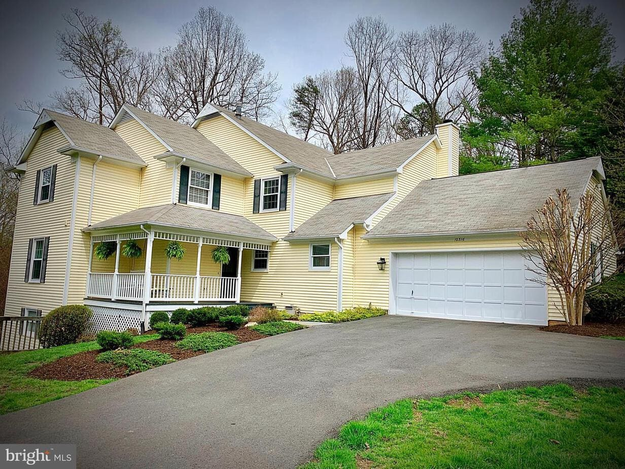 SPRING OPEN HOUSE FOR SALE 10316 Hickory Forest Drive, Oakton, VA 22124