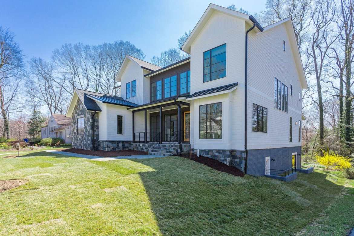 1220 Raymond Avenue, McLean, Virginia multi-levels