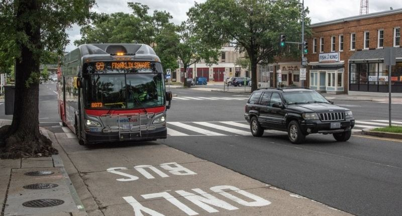Do you hear the people signal support for bus lanes? – Greater Greater Washington