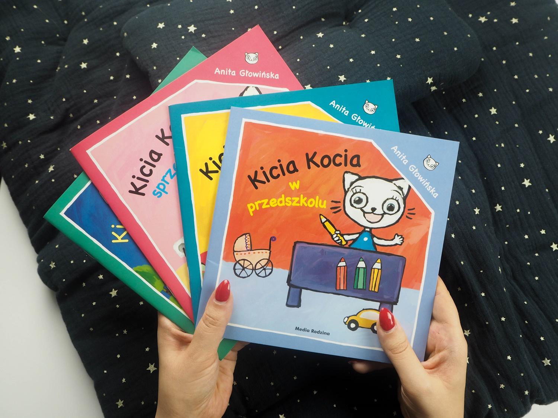 Rodzice w sieci czytają-Kicia Kocia- recenzja serii książek dla dzieci od 2 do 6 lat.