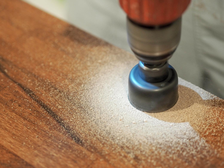 Jak zrobić biurko z blatu? Nasze dwustanowiskowe biurko DIY- zobacz jak pięknie nam to wyszło!