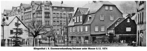 Eisenwarenhandel Dotzauer unter Wasser 8.12.1974